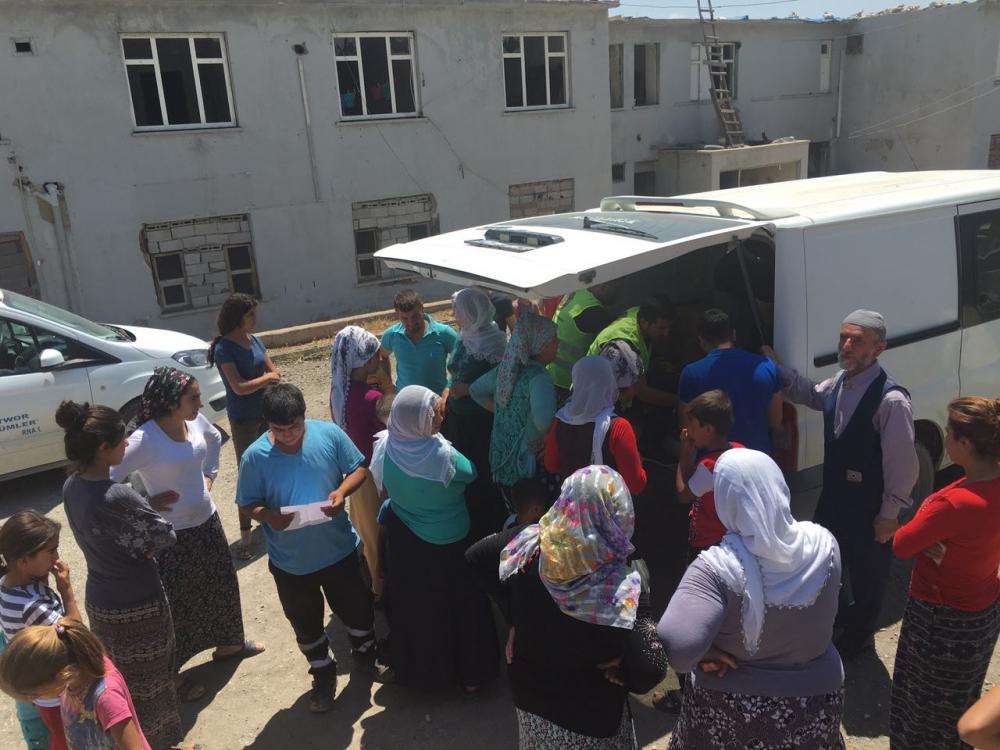 Öze Dönüş'ten Şırnak ve Cizre'de 320 Aileye Yardım 8