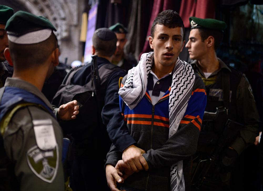 İsrail'den Cuma Namazına Yaş Sınırı 7