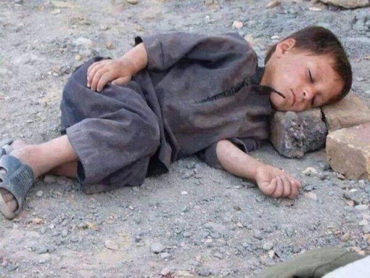 Suriye savaşında çocuklar 11
