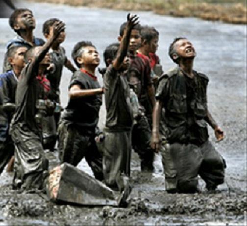 Merhametsiz bir dünyada çocuk olmak 27