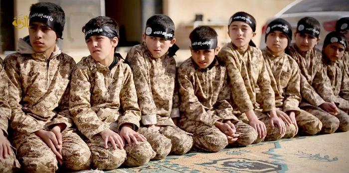 Bir Utanç Olarak Çocuk Savaşçılar 11