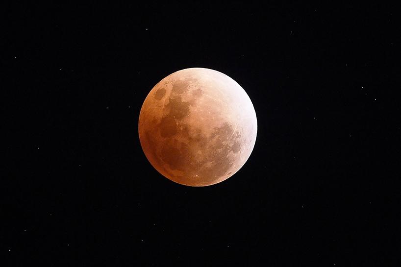 Süper Kanlı Mavi Ay'dan muhteşem görüntüler 6