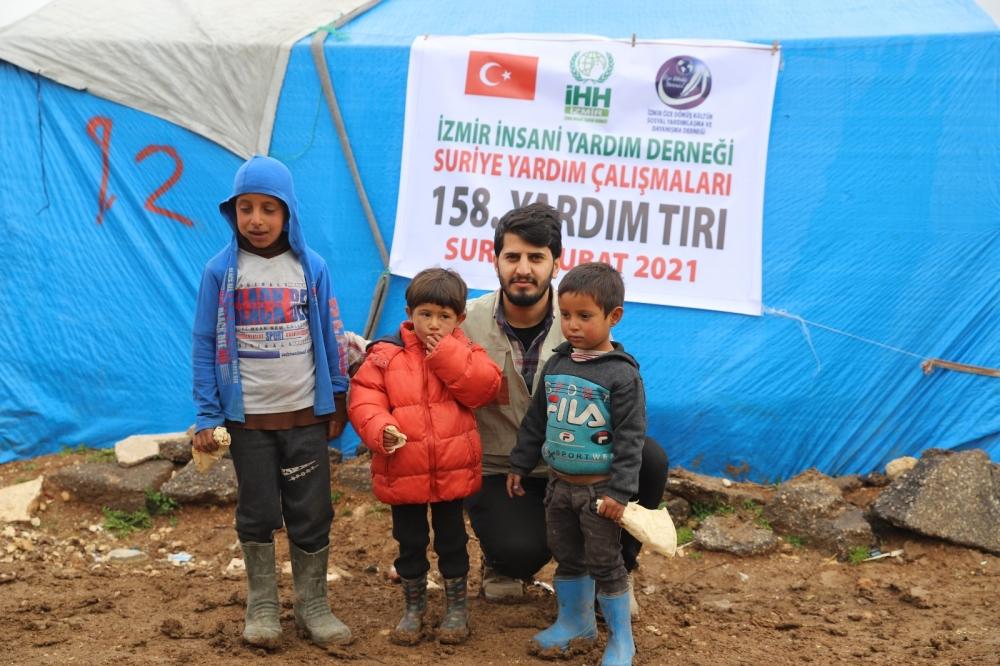 ÖZE DÖNÜŞ'ten Mültecilere Yardım 1