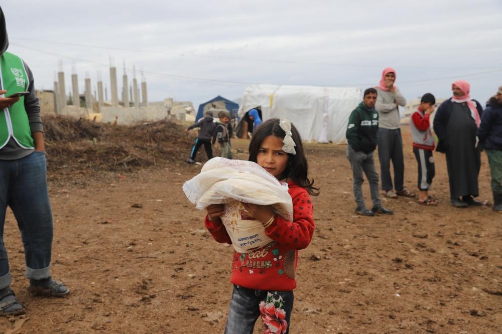 ÖZE DÖNÜŞ'ten Mültecilere Yardım 3