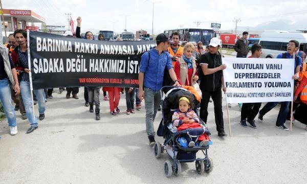 Depremzedeler Ankara'ya yürüyor 10