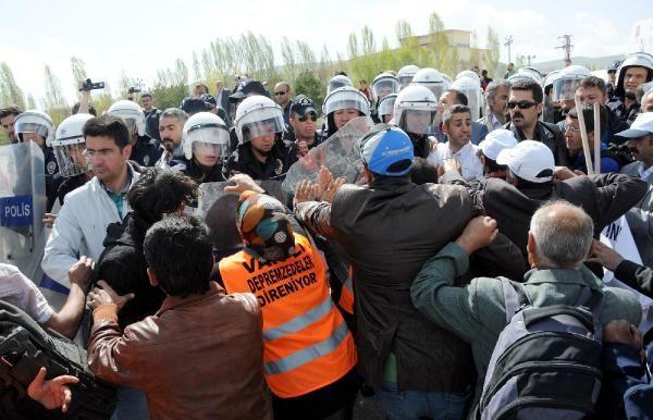 Depremzedeler Ankara'ya yürüyor 7