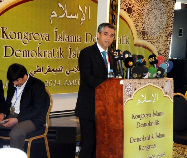 """""""Demokratik"""" İslam Kongresi'nin ilk günü sona erdi 4"""