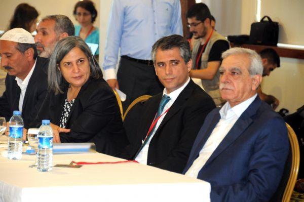 """""""Demokratik"""" İslam Kongresi'nin ilk günü sona erdi 8"""
