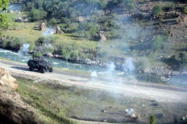 Çatak'ta yol kontrolüne asker ve polisten müdahale 5