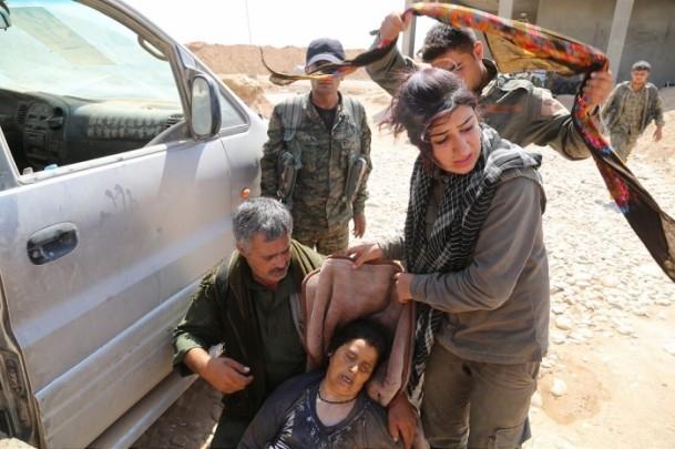 Êzidîler'in IŞİD Teröründen Kaçışı 33