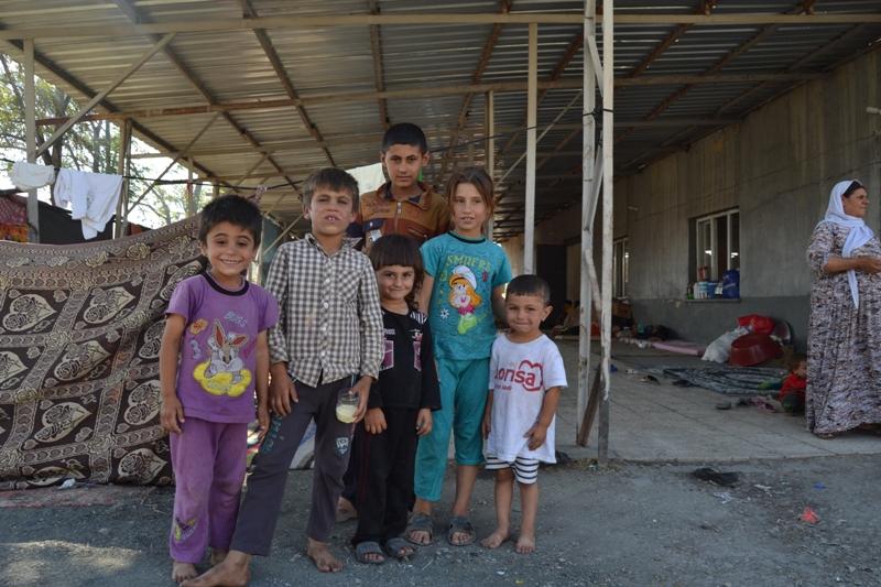 Şırnak'taki Ezidi Kampına Yardım 17