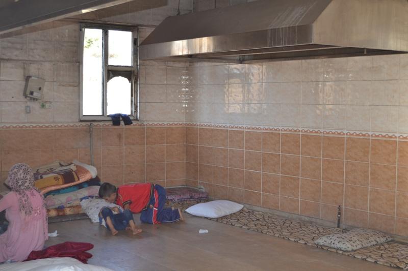 Şırnak'taki Ezidi Kampına Yardım 24