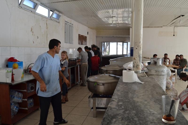 Şırnak'taki Ezidi Kampına Yardım 28