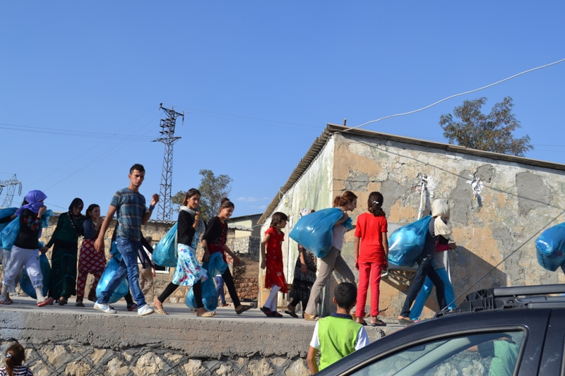 Şırnak'taki Ezidi Kampına Yardım 33
