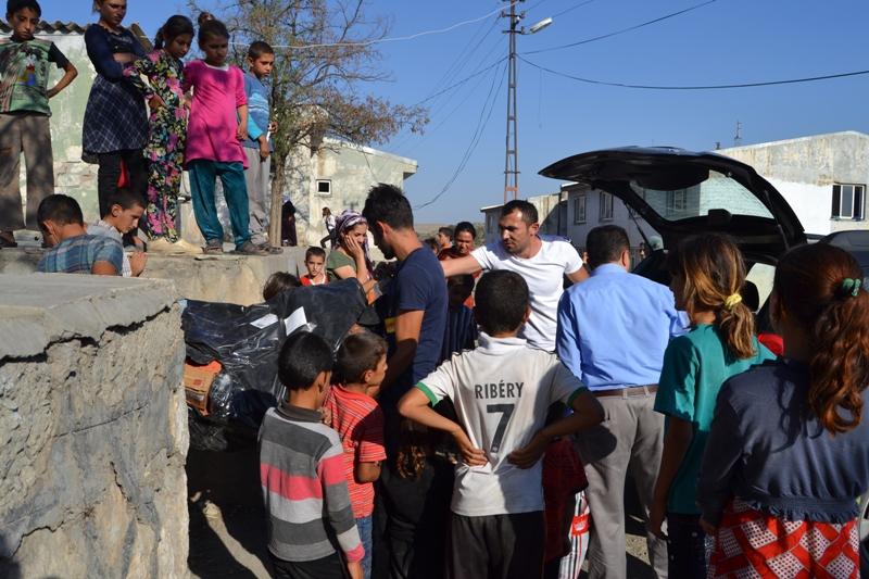 Şırnak'taki Ezidi Kampına Yardım 34