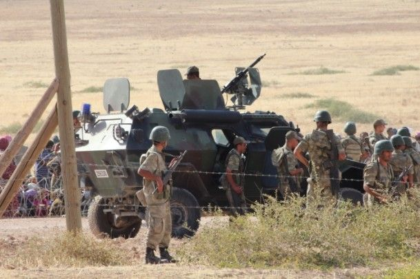 Rojava'dan Sınırlara İnsan Seli 1