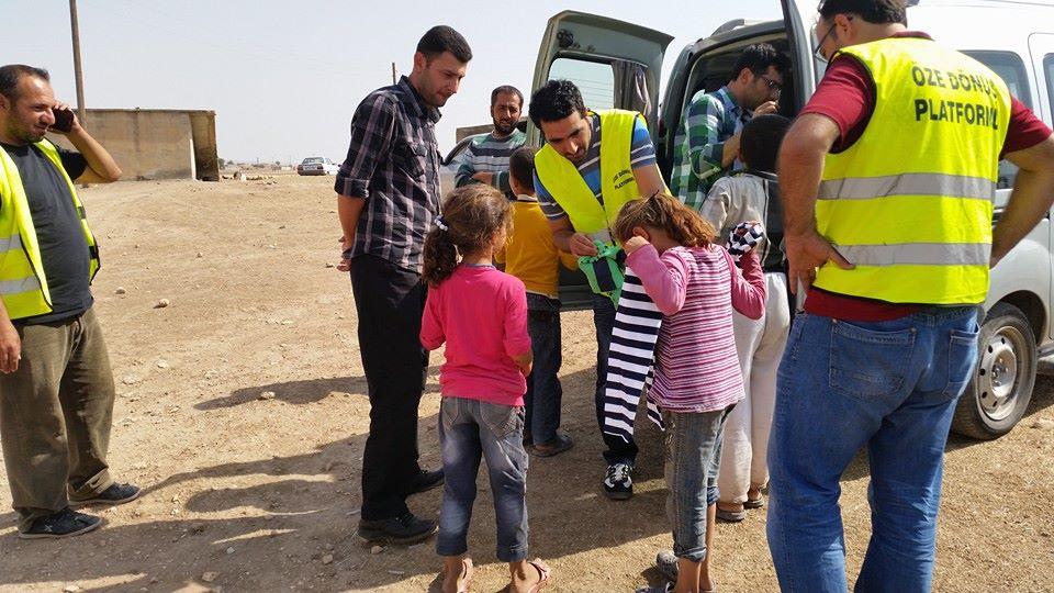 Öze Dönüş Platformu'nun Kobanili Muhacirlere Yardım Çalışması 30