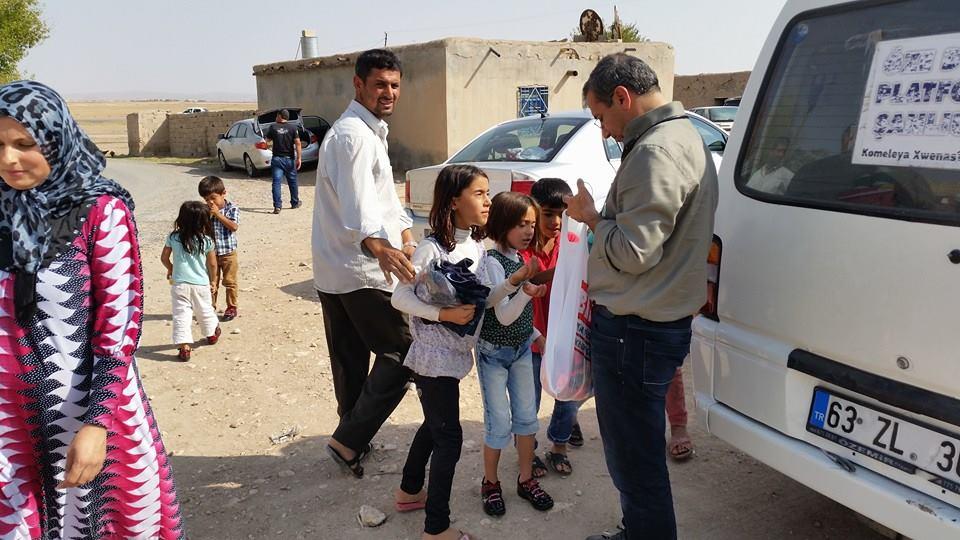 Öze Dönüş Platformu'nun Kobanili Muhacirlere Yardım Çalışması 37