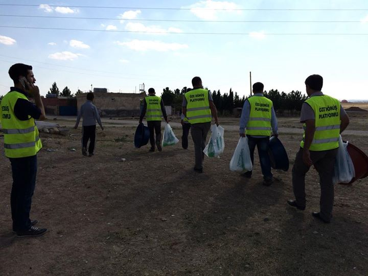 Öze Dönüş Platformu'nun Kobanili Muhacirlere Yardım Çalışması 56