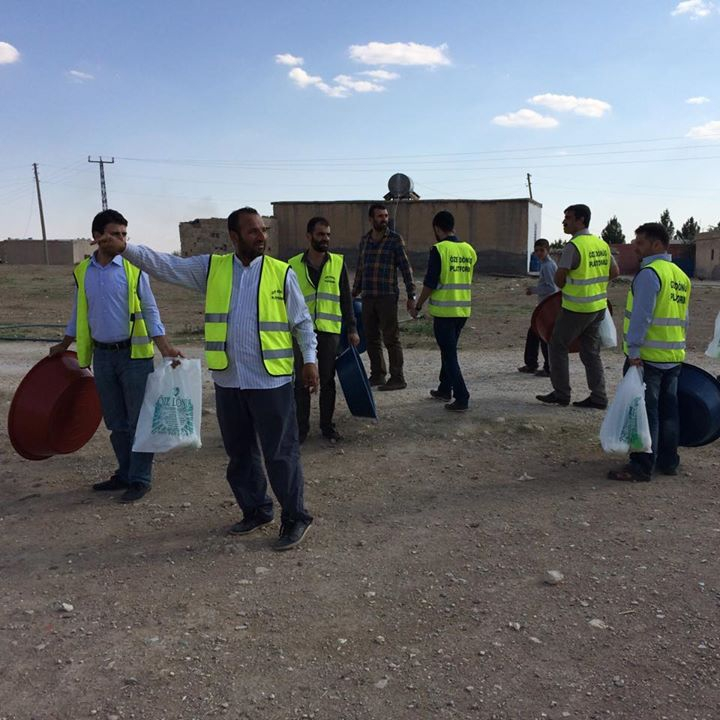 Öze Dönüş Platformu'nun Kobanili Muhacirlere Yardım Çalışması 82