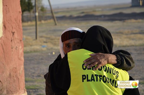 Öze Dönüş Platformu'nun Kobanili Muhacirlere Yardım Çalışması 92