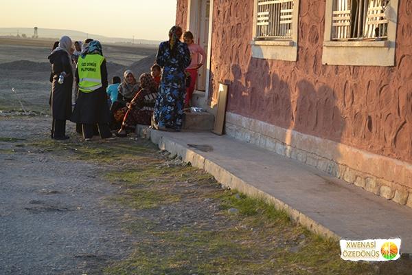 Öze Dönüş Platformu'nun Kobanili Muhacirlere Yardım Çalışması 97