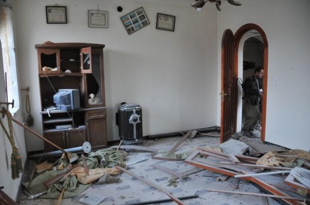 """Kobani'de silah sesi yerine """"izi"""" kaldı 13"""