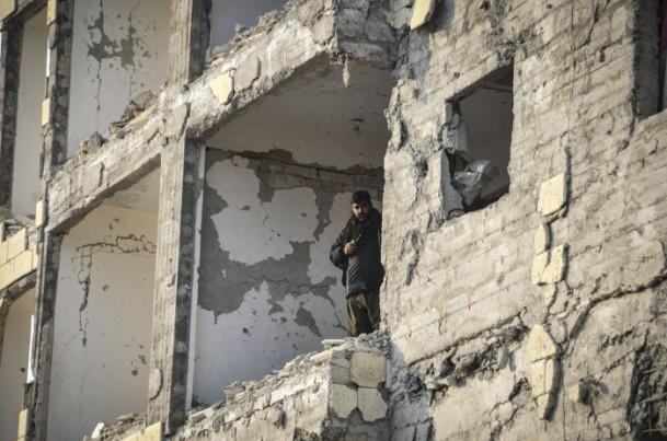 """Kobani'de silah sesi yerine """"izi"""" kaldı 14"""