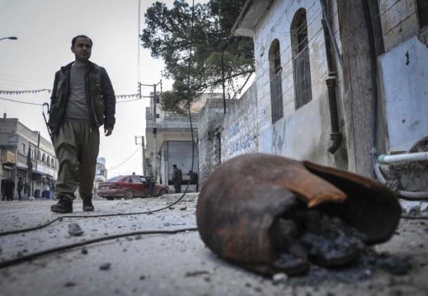 """Kobani'de silah sesi yerine """"izi"""" kaldı 15"""