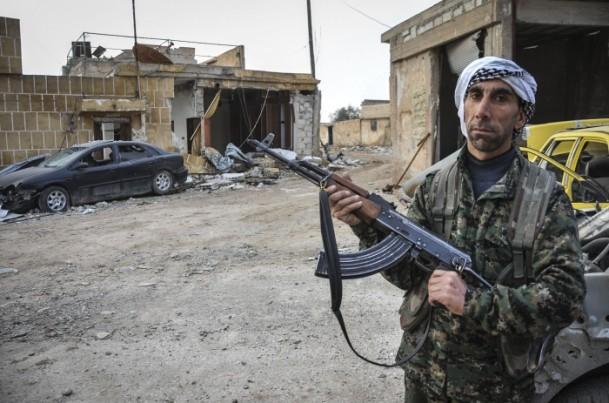 """Kobani'de silah sesi yerine """"izi"""" kaldı 20"""