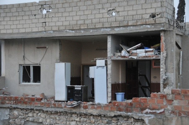 """Kobani'de silah sesi yerine """"izi"""" kaldı 21"""