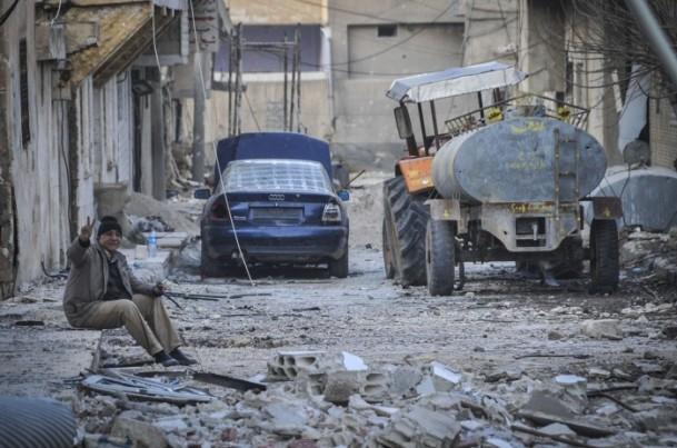 """Kobani'de silah sesi yerine """"izi"""" kaldı 22"""