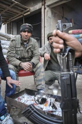 """Kobani'de silah sesi yerine """"izi"""" kaldı 26"""