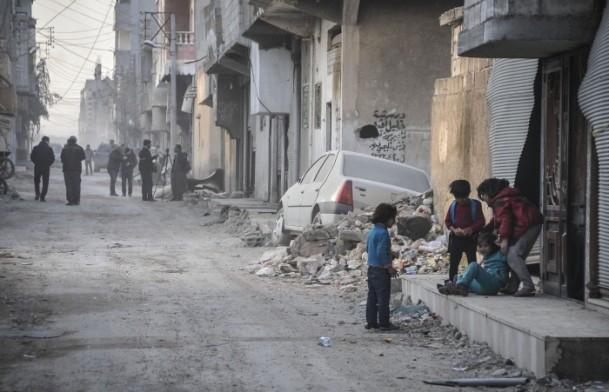 """Kobani'de silah sesi yerine """"izi"""" kaldı 3"""