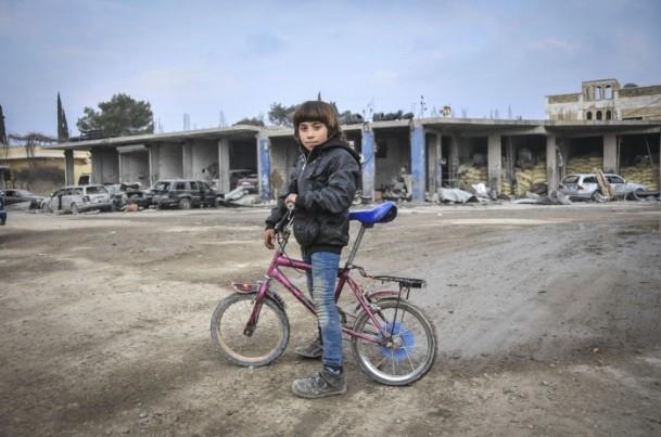 """Kobani'de silah sesi yerine """"izi"""" kaldı 4"""