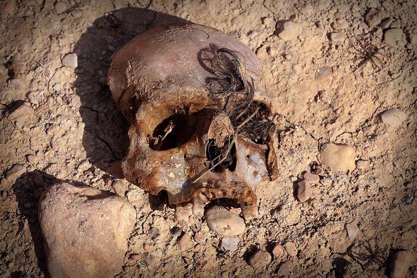 Şengal'de bulunan Ezidi Kürtler'e ait toplu mezarlar... 12