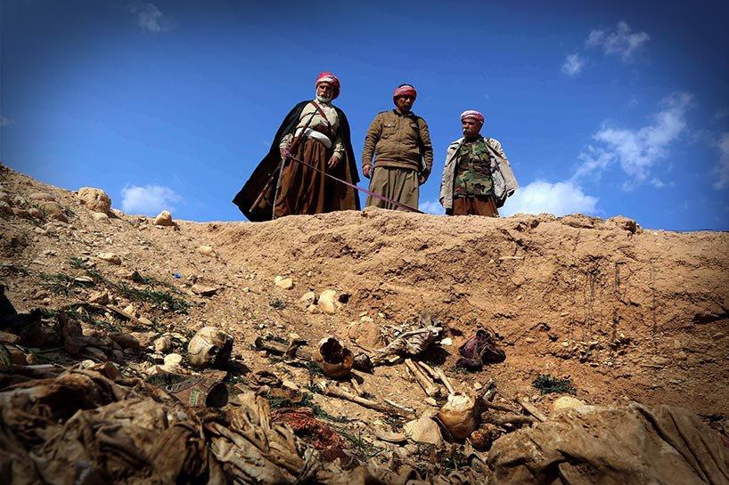 Şengal'de bulunan Ezidi Kürtler'e ait toplu mezarlar... 14