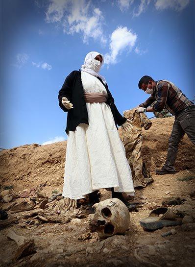 Şengal'de bulunan Ezidi Kürtler'e ait toplu mezarlar... 16