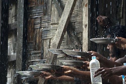 Arakanlı Müslümanlar yağmur suyuna muhtaç 2