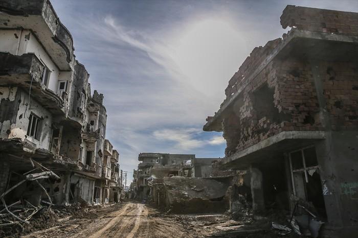 Çatışmaların Ardından Yıkık Bir Kent: Cizre 13
