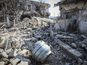Çatışmaların Ardından Yıkık Bir Kent: Cizre