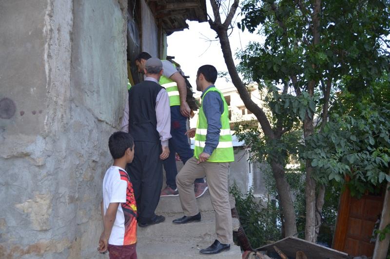 İzmir Öze Dönüş Yüksekova'da yardım çalışmalarına devam etti 4