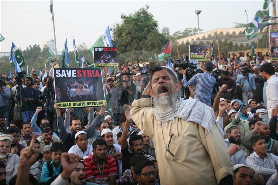 Pakistan'da Halep ve Myanmar'a destek gösterisi 2