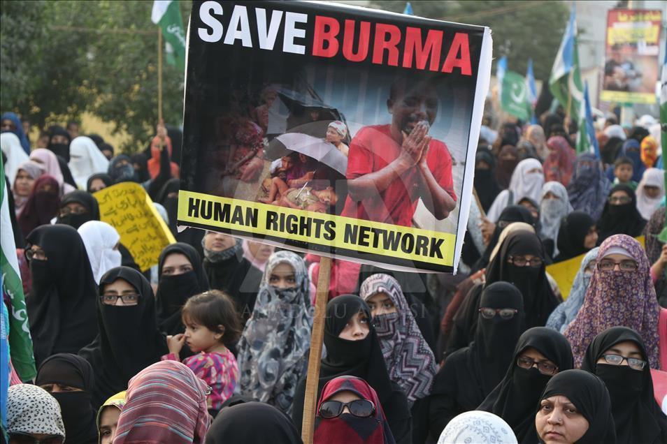 Pakistan'da Halep ve Myanmar'a destek gösterisi 3