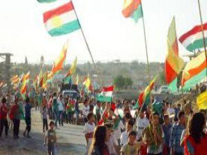 Rojava'daki geçici yönetime kim, nasıl yaklaşıyor?