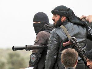 Nusra,'tampon bölge' için Halep'in kuzeyini boşaltıyor