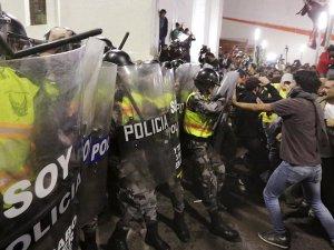 Ekvador'da Correa protestosu