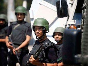Mısır'da polise saldırı: 2 ölü