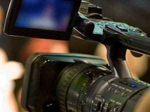 ABD'de iki gazeteci canlı yayında öldürüldü