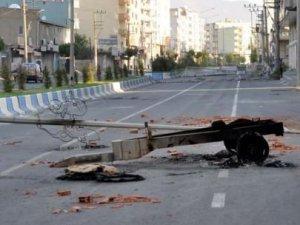 Cizre'de çatışma;3 asker 4 sivil yaralandı
